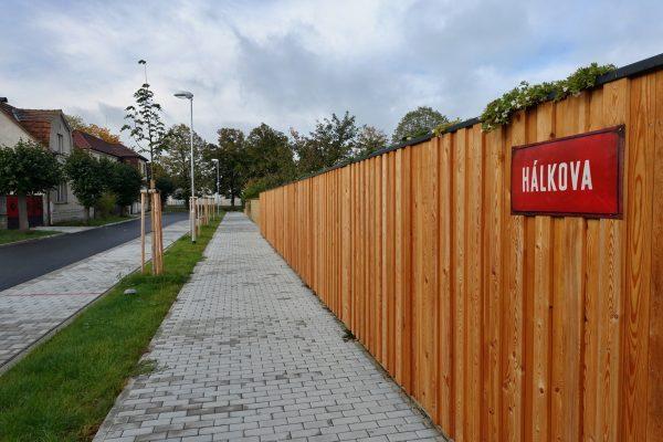 Veltrusy – ulice Hálkova